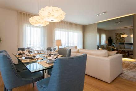 Sala Comum: Salas de jantar modernas por Traço Magenta - Design de Interiores