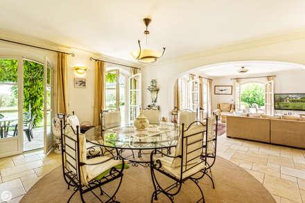 Villa grimaud salle à manger de style de style méditerranéen par passage citron
