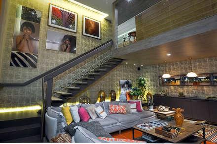 Loft Sustentável - Ambiente CASA COR SC 2015: Corredores, halls e escadas modernos por Spengler Decor