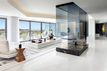 Cascais Penthouse: Salas de estar minimalistas por GAVINHO Architecture & Interiors