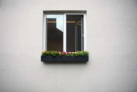 창호 후레싱: IDÉEAA _ 이데아키텍츠의  창문