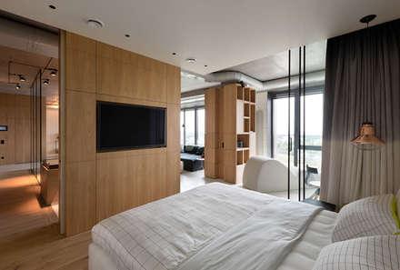 NPL. Penthouse: industrial Bedroom by Olga Akulova DESIGN