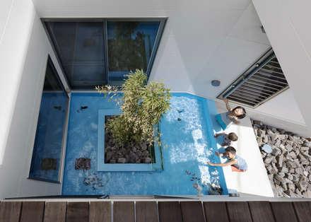 新町の家: 株式会社タバタ設計が手掛けたプールです。