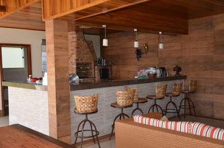 Espaço gourmet: Casas campestres por Solange Figueiredo - ALLS Arquitetura e engenharia