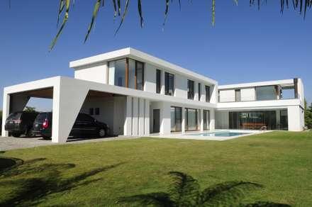 Villas by Ramirez Arquitectura