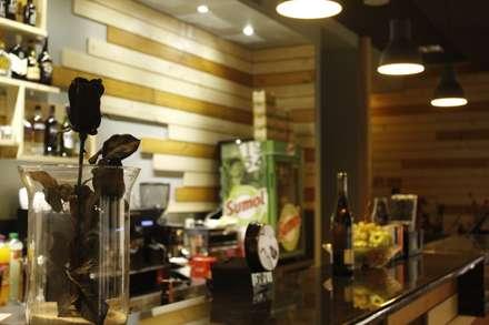 Mim'ART Café: Bares e clubes  por TRIM - Design & 3D Solutions