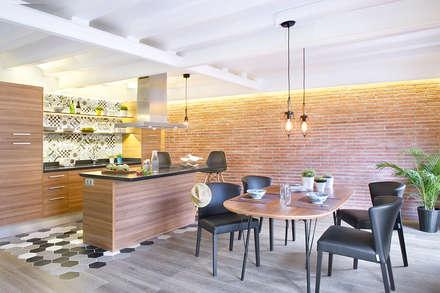 Cambio Sena por Mediterráneo: Cocinas de estilo moderno de Egue y Seta