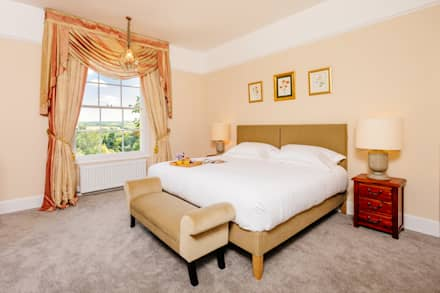 The Downes, Instow | North Devon: country Bedroom by Perfect Stays