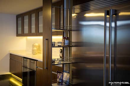 Cocina Reforma Monte Blanco: Cocinas de estilo moderno por Mater & Mobil