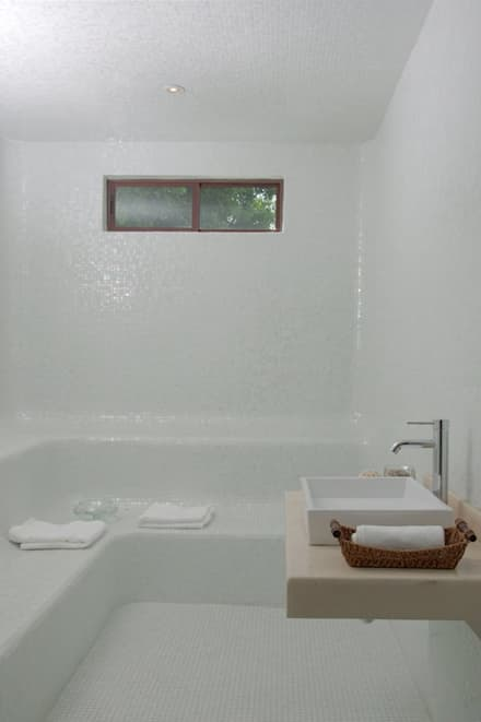 Steam Bath by D&E-ARQUITECTURA