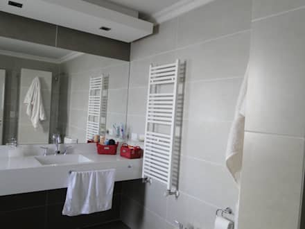 classic Bathroom by Arquitectos Building M&CC - (Marcelo Rueda, Claudio Castiglia y Claudia Rueda)