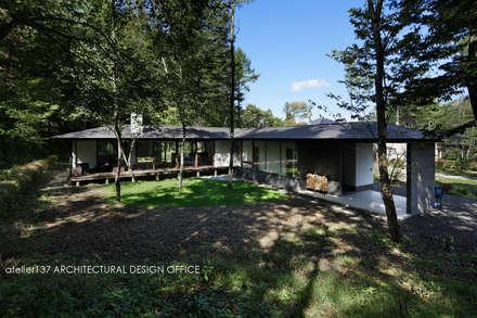 外観~037軽井沢 I さんの家: atelier137 ARCHITECTURAL DESIGN OFFICEが手掛けた家です。