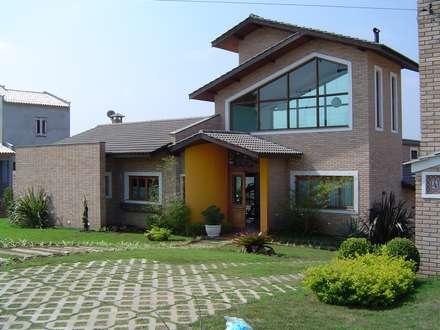 Casa de campo em São Roque: Casas rústicas por GATE Arquitetos Associados