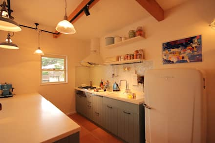 north shore house: THE MAKER'S&United Space Architectが手掛けたキッチンです。