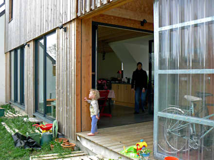 balkon veranda terrasse im landhausstil homify. Black Bedroom Furniture Sets. Home Design Ideas