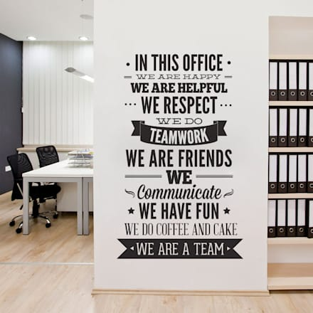 Office Decor Typography - In This Office - Wall Decal: Escritórios  por MOONWALLSTICKERS.COM