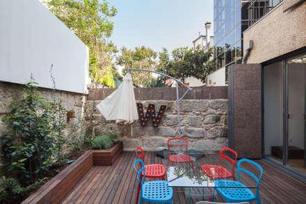 Casa Cedofeita: Jardins modernos por Floret Arquitectura