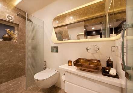 Bridal Room, Mumbai.: eclectic Bathroom by SDA designs