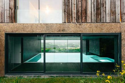 modern Pool by Atelier Data Lda