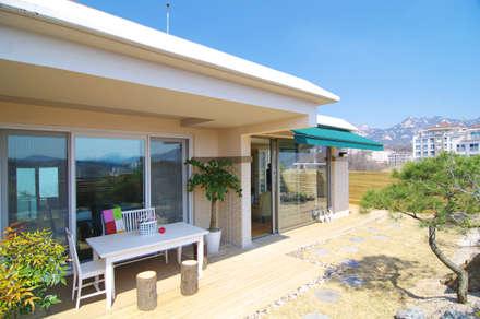 은평2지구 두산위브 42평형 : Design A3의  주택
