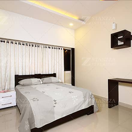 Nizar, Manilala: modern Bedroom by stanzza