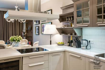 Near The Sea Apartments : Кухни в . Автор – Dinastia Designs