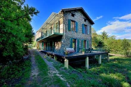MAISON PRINCIPALE: Maisons de style de stile Rural par JOSE MARCOS ARCHITECTEUR