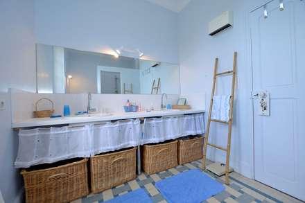 SALLE DE BAIN: Salle de bain de style de stile Rural par JOSE MARCOS ARCHITECTEUR