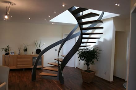 modern Corridor, hallway & stairs by Nautilus Treppen GmbH&Co.KG