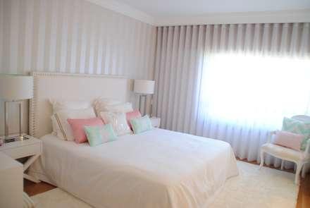 Suite Love - Decoração de Quarto: Quartos modernos por White Glam