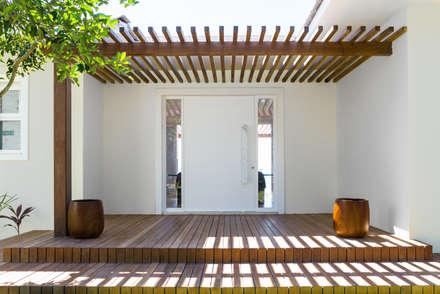 Casas de estilo topical por Renata Matos Arquitetura & Business