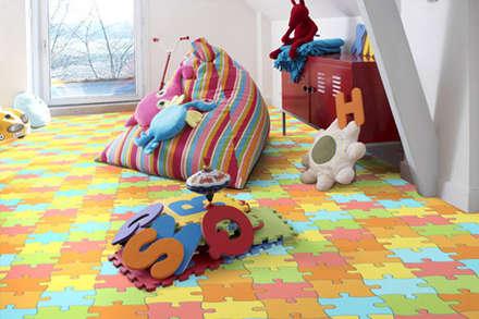 Dormitorios infantiles de estilo moderno por ramiro.amarante