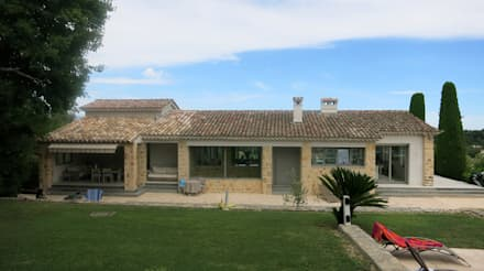 Villa B1: Jardin de style de stile Rural par SARL MAZZARESE ARCHITECTES