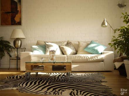 mediterranean Living room by Etxe&Co