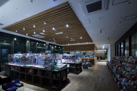 Books&Cafe @広島駅新幹線口: 株式会社CAPDが手掛けたホテルです。