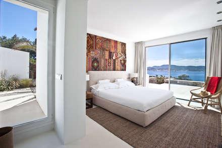 mediterranean Bedroom by ANTONIO HUERTA ARQUITECTOS