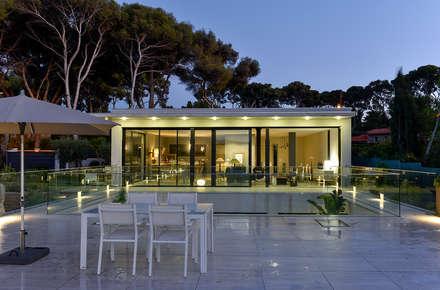 Villa gp maisons de style de style moderne par frederique legon pyra architecte