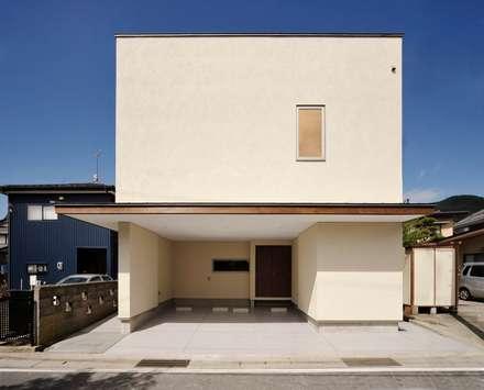 Uwano House: 株式会社シーンデザイン建築設計事務所が手掛けた家です。