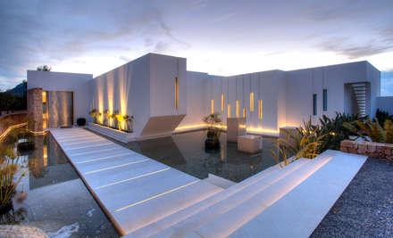 Casa Oasis: Casas de estilo moderno de MG&AG.ARQUITECTOS