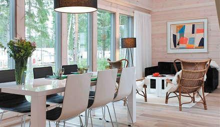 Winterhaus Modell Pyry von Kontio: skandinavische Esszimmer von Woody-Holzhaus - Kontio