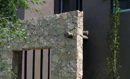 Detalles:  Windows  by Radrizzani Rioja Arquitectos