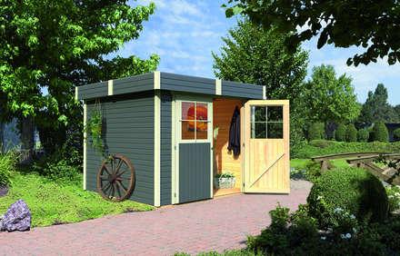 Garajes y galpones de estilo  por Gartenhaus2000 GmbH