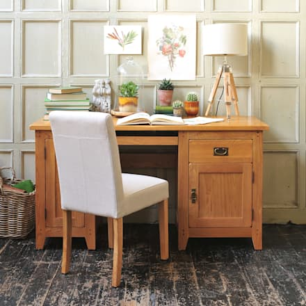 Oakland Computer Desk: country Study/office by The Cotswold Company