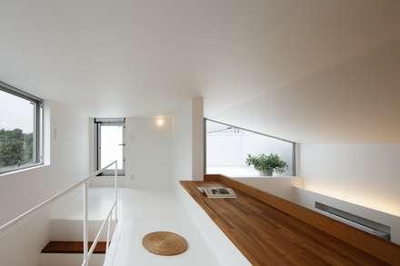 上鶴間の家: アトリエ スピノザが手掛けた子供部屋です。