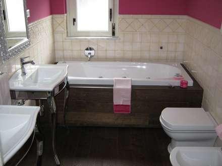 Appartamento a Casteldaccia PA - 2010: Bagno in stile in stile Moderno di Giuseppe Rappa & Angelo M. Castiglione