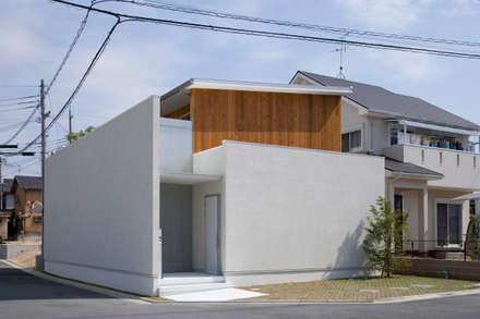ひかり庭の家: 一級建築士事務所 株式会社KADeLが手掛けた家です。
