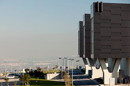 Hospital Beatriz de Angelo: Hospitales de estilo  de Eduardo Irago Fotografia