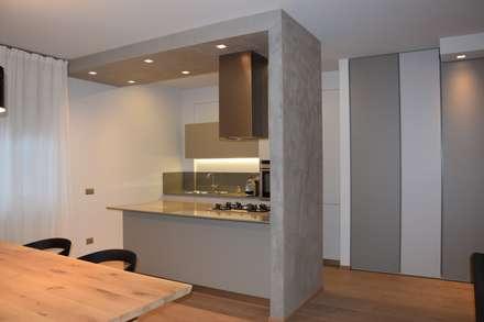 _c a s a | S _: Cucina in stile in stile Minimalista di RO|a_