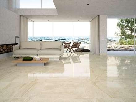 Porcelánico imitación al mármol Mónaco 80x80: Salones de estilo minimalista de INTERAZULEJO