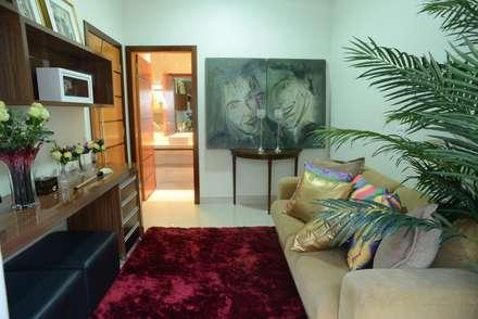 Oficinas de estilo  por Renata Prata Studio